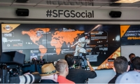 Array created the #1 social media attraction in Major League Baseball: @Cafe, the San Francisco Giants' social media headquarters at AT&T Park.