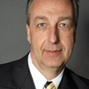 Robert Mayer is a Finance and Operations Manager at Envision Sales in Ontario, Canada.